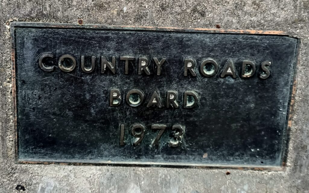 Overpass plaque displaying the year it was built