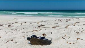 Message in bottle found on Western Australia beach